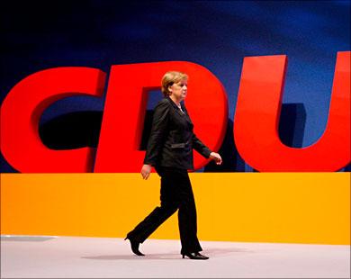 اختيار رئيس جديد للحزب خلفا للمستشارة أنغيلا ميركل ( الحزب المسيحي الديمقراطي)